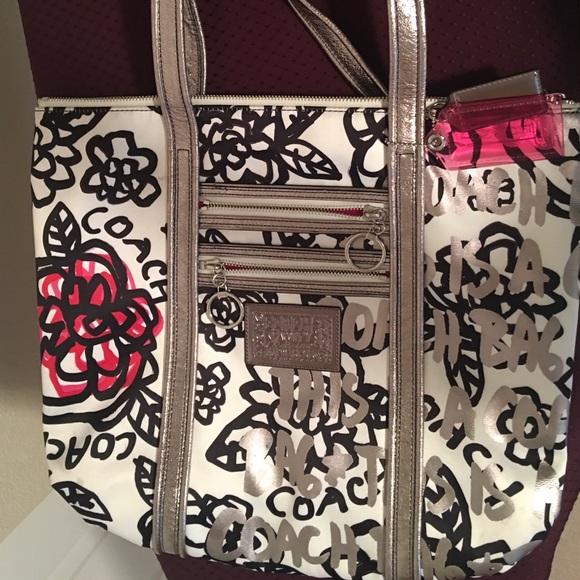 Coach Handbags - Coach Poppy Graffiti Glam. Large tote shoulder bag